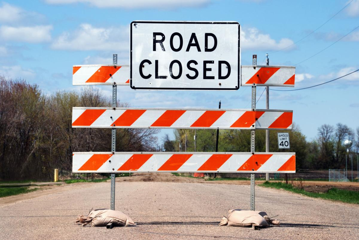Road closed sign (copy)