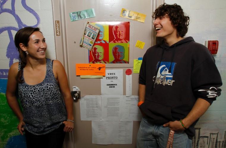 Elegant College Campuses Embrace Coed Dorm Rooms Part 5