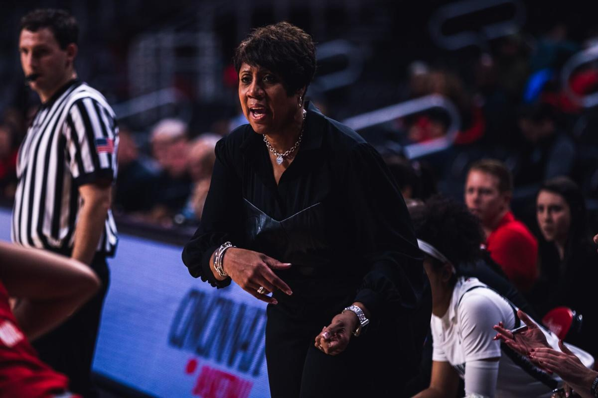 'We're building on our culture': Women's basketball head coach on upcoming season