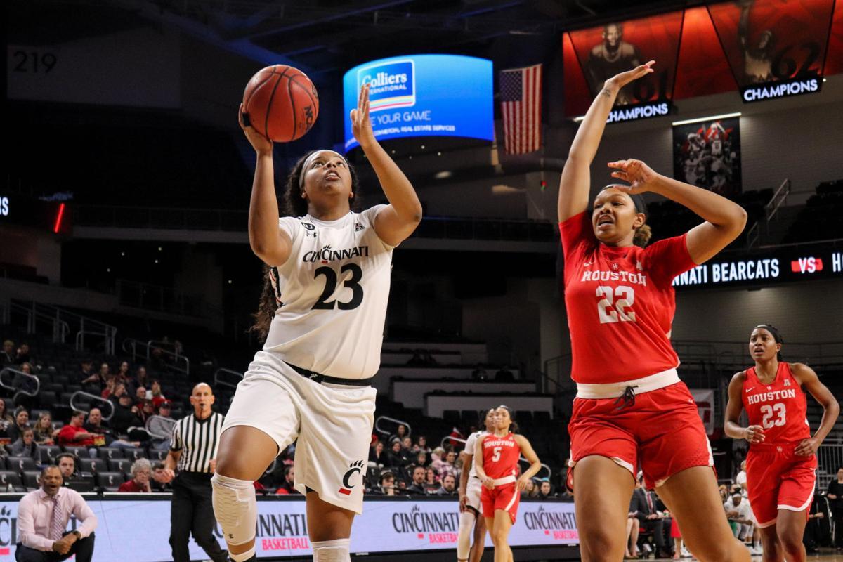 UC women's basketball: Bearcats cruise past Cougars on Thomas's career-high