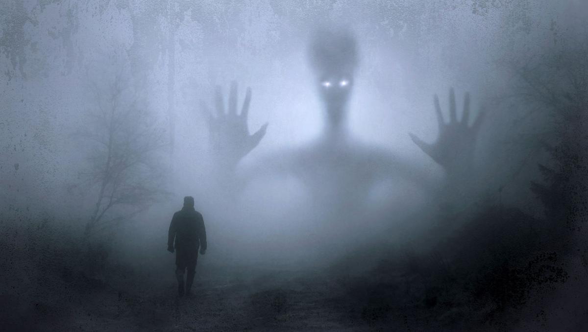 spooky mist