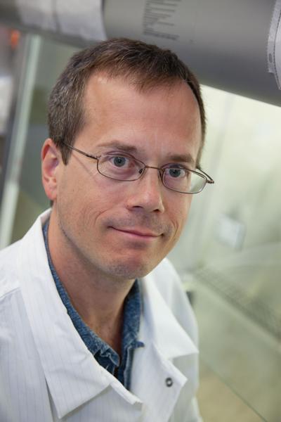 Dr James Wells