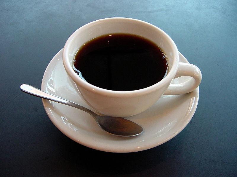 Desk Editor Duel: Team Iced Coffee vs. Team Hot Coffee