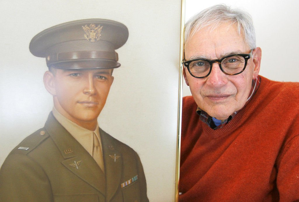 74 years later, a pilot who crashed in France returns home