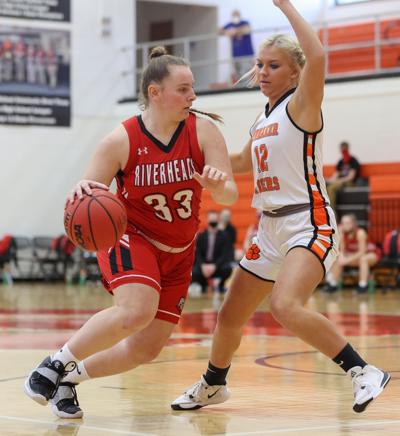 Riverheads vs Honaker girls basketball