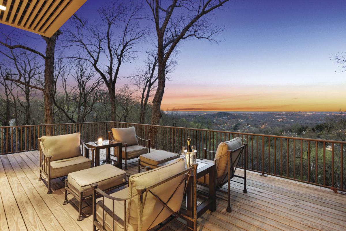 Homes of Distinction: 1150 Travelers Ridge Drive