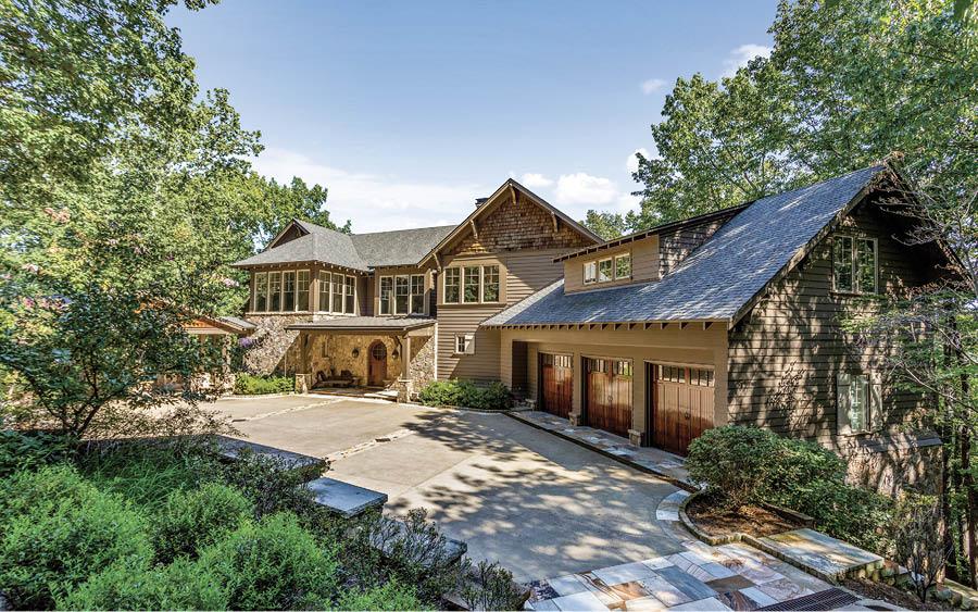 Homes of Distinction: 1855 Laurel Ridge Drive