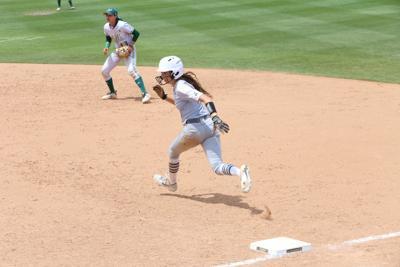 UCF softball vs USF MA