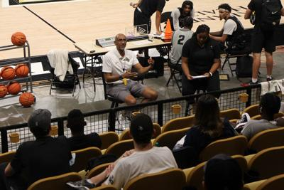 Knights Men's Basketball hold Exclusive Event for Knightmare Society