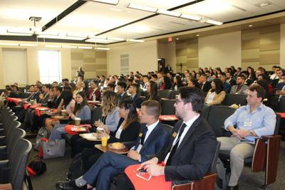 Latino professionals at UCF confront Hispanic underrepresentation in finance