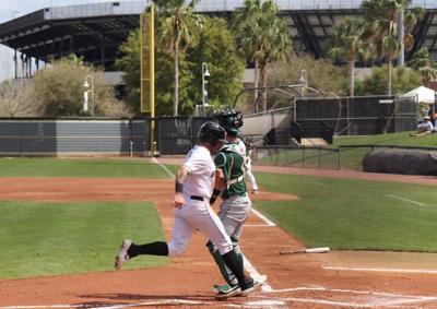 UCF baseball defeats Jacksonville 6-4 to win weekend series