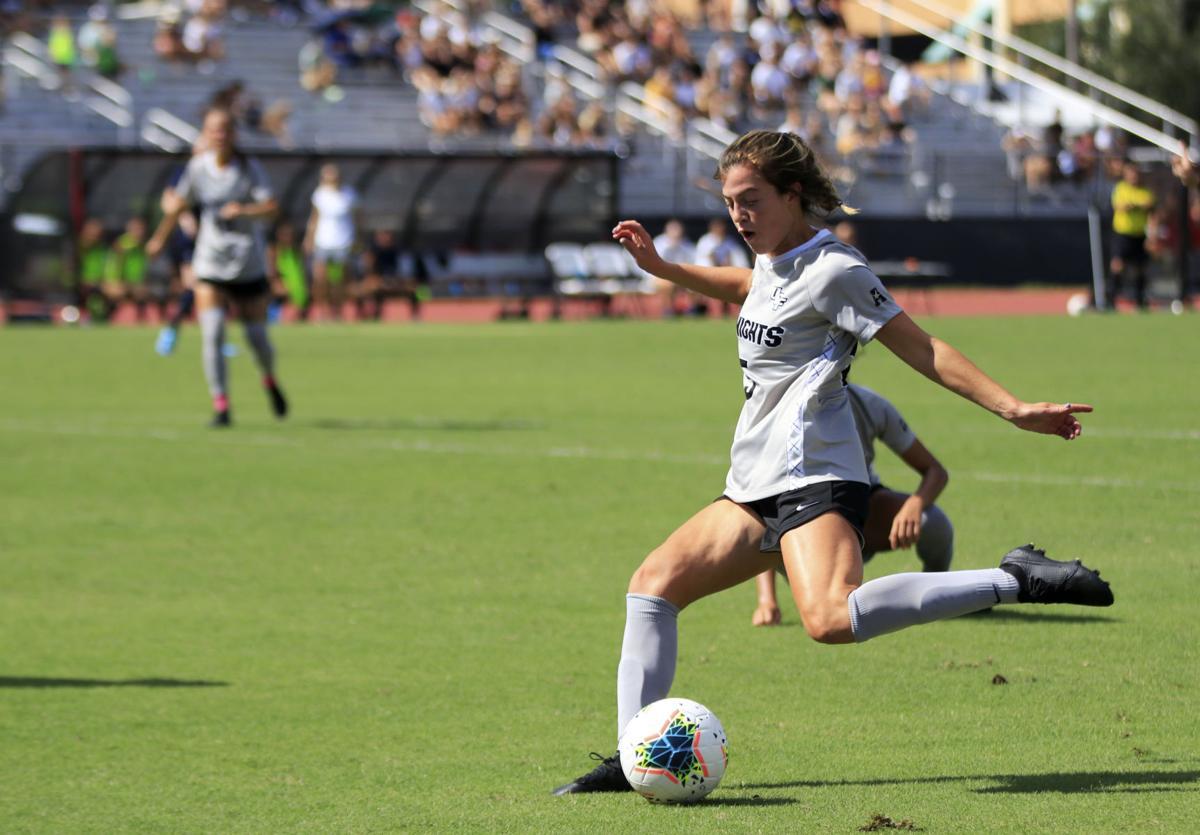 UCF women's soccer ties UConn in scoreless match