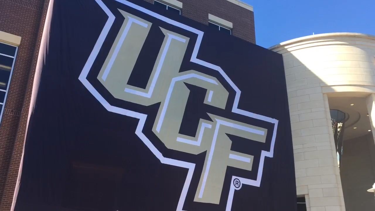 234b91bd9 College GameDay hosts excited for first-ever UCF show