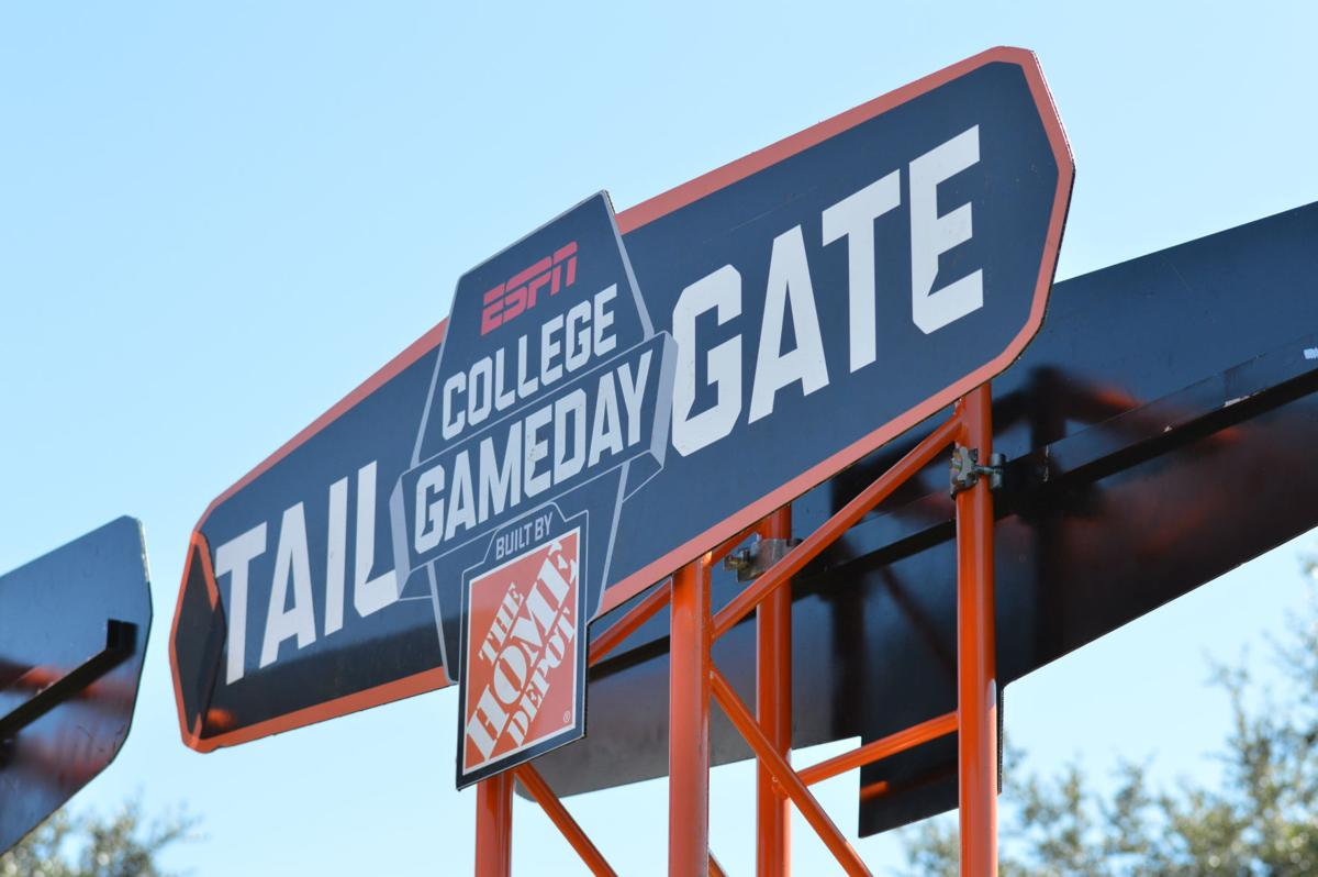 021518b3a College GameDay sets up its broadcasting stage and student tailgating area  on Memory Mall. UCF will take on the University of Cincinnati Bearcats on  ...