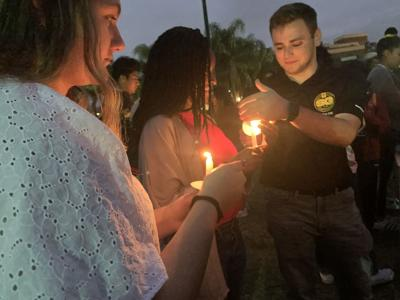 Vigil held in remembrance of Parkland shooting