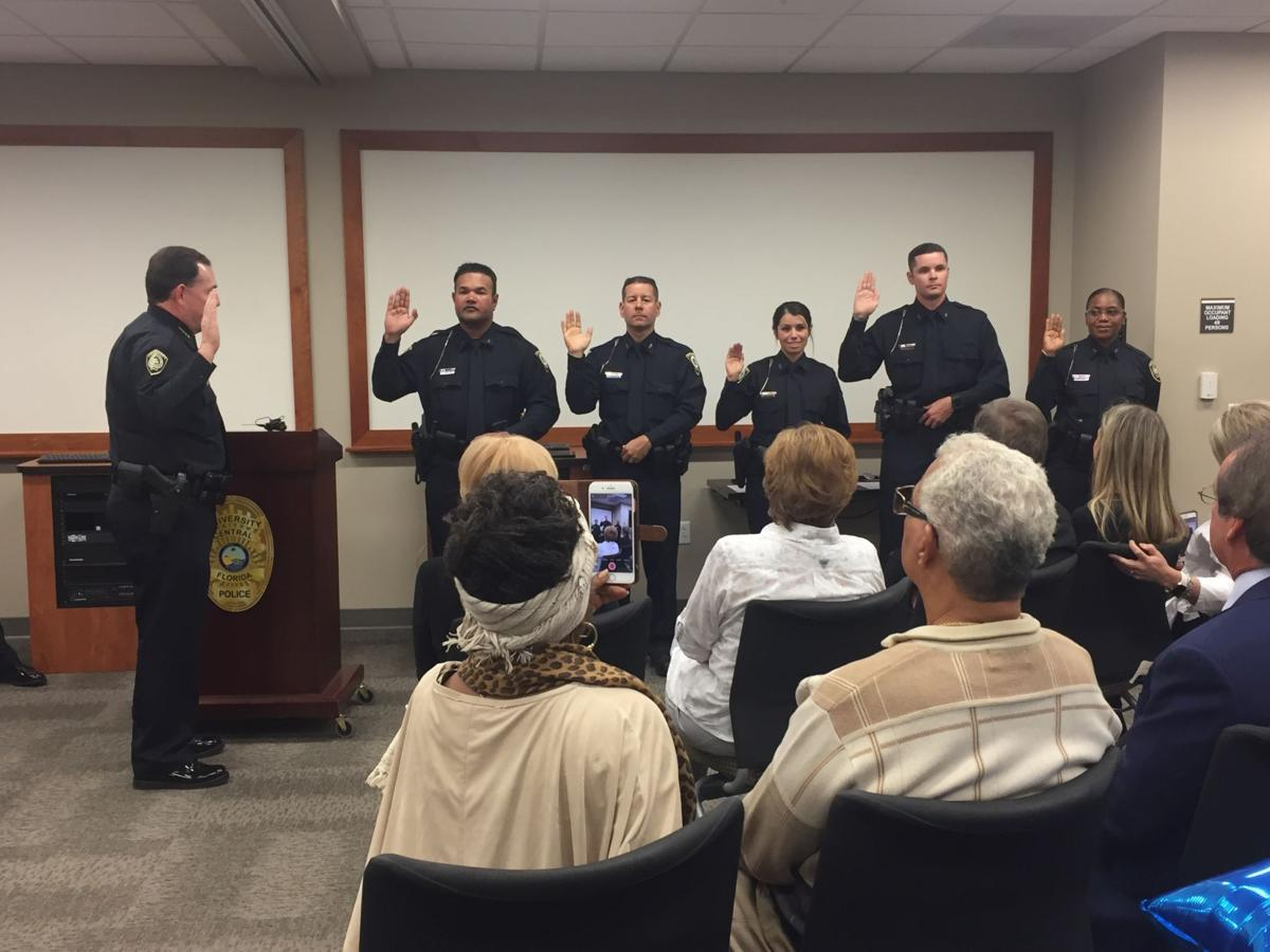 Chief Beary swearing in officers