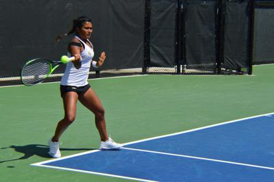 UCF women's tennis rides Green Wave to 4-1 victory