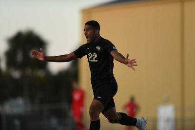 UCF Men's Soccer comes from behind to beat SMU