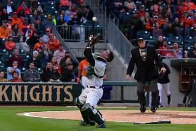 Baseball-vs-Clemson, 3/26, Chris Crews, DSC_2183