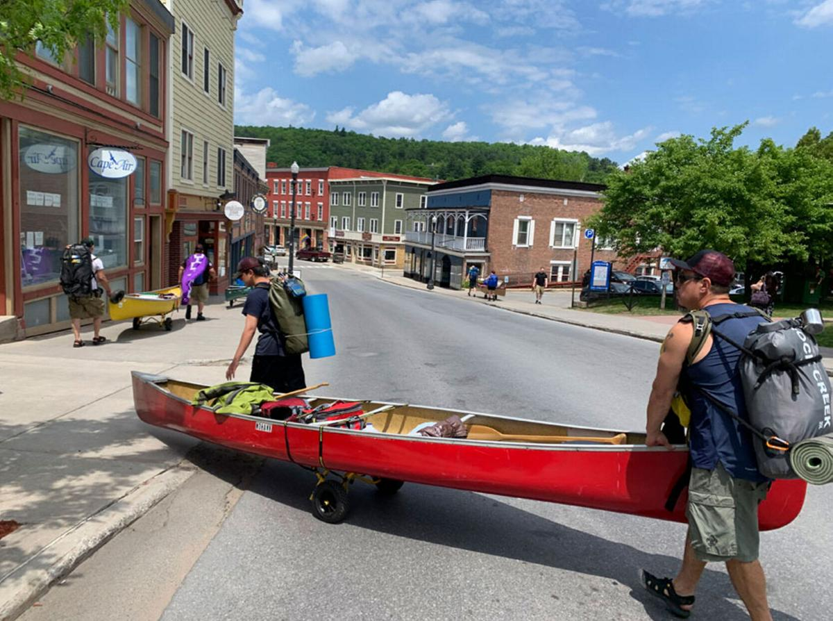 Paddlers embark on long-distance trip