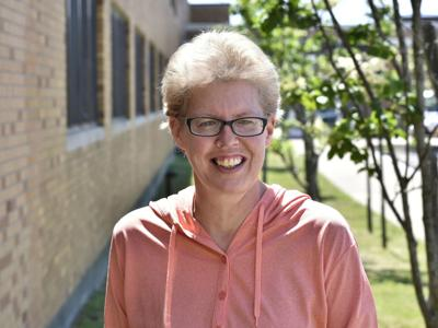 SUNY Oswego's Sherri Devercelly receives Chancellor's Award for Excellence in Classified Service