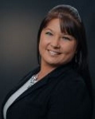 Wright named vice president, business deposit manager