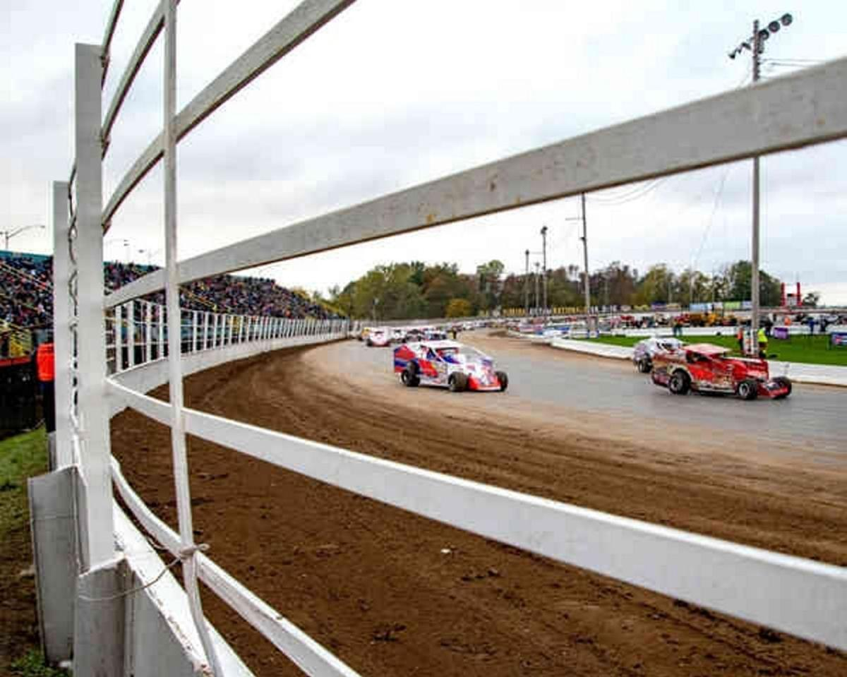 Talks underway to bring Super DIRT Week to Oswego for many more years