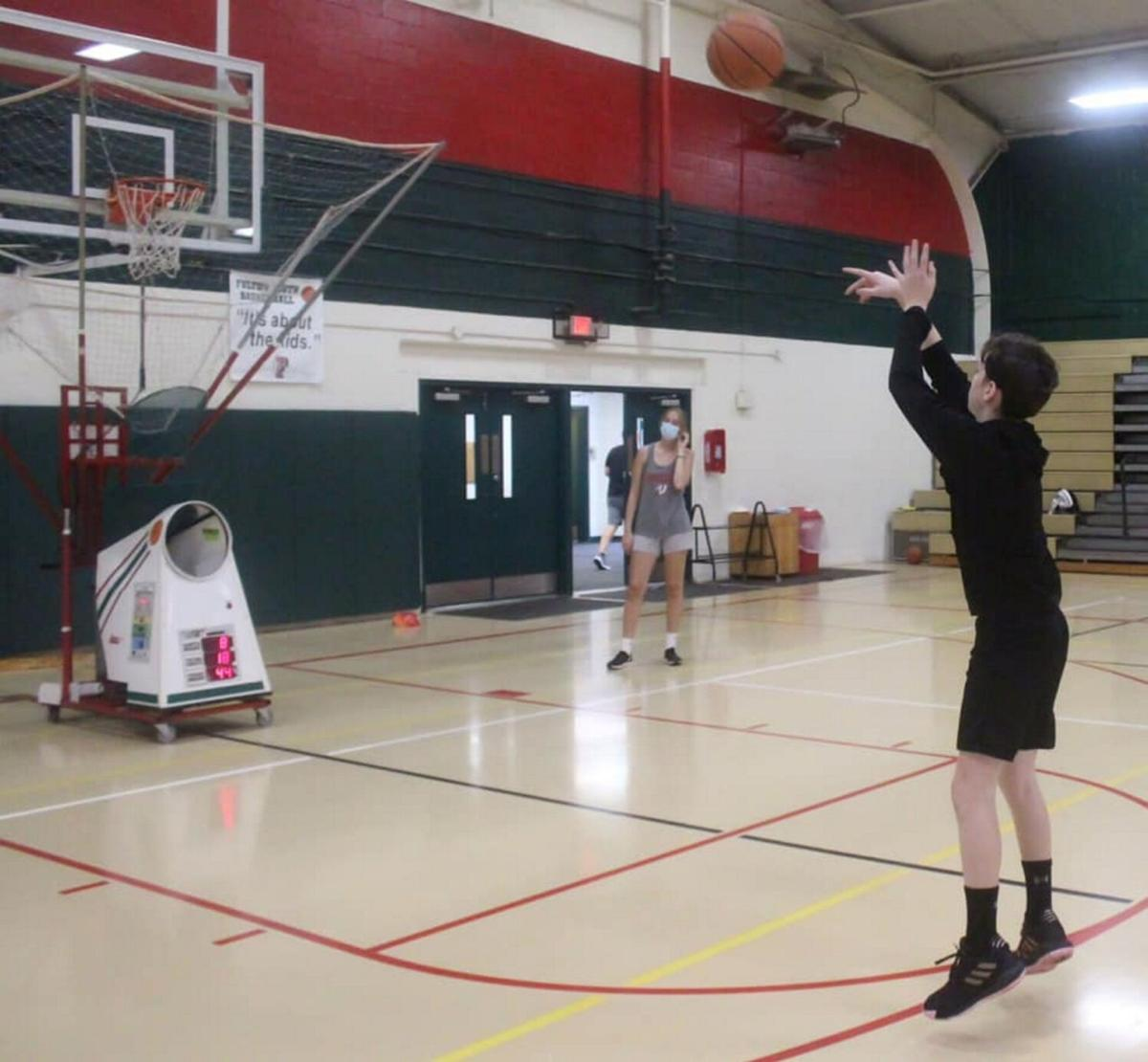 "Student-led ""Basketball and More"" provides free and safe outlet for basketball and fitness"