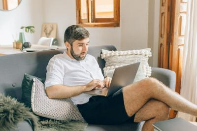 Aches, injuries during remote work