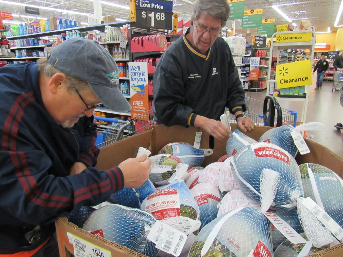 Steelworkers donate 46 turkeys for needy