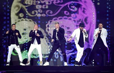 Backstreet Boys extend DNA World Tour dates