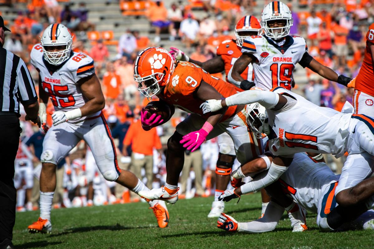 Syracuse stays with No. 1 Clemson