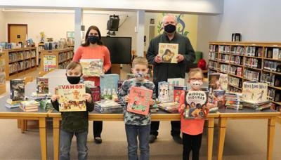 Sandy Creek CSD library accepts donation to purchase new books