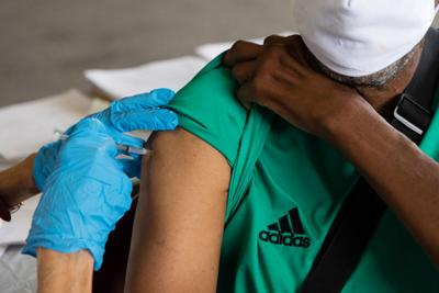 Most people don't need COVID vaccine booster, scientists say