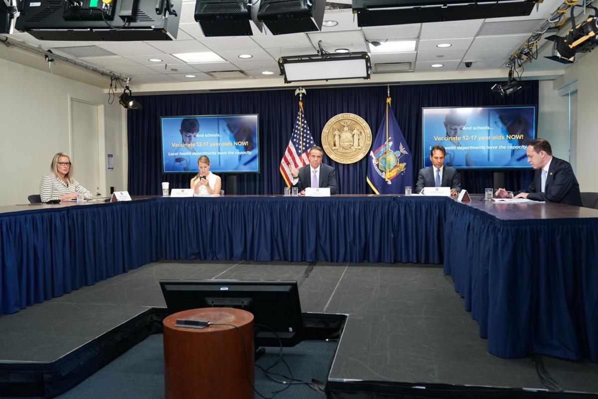 Cuomo clarifies school mask mandate