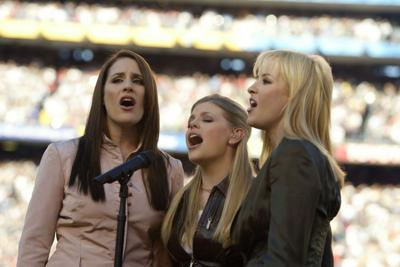 The Dixie Chicks unveil new name