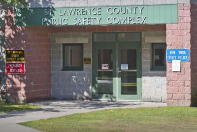 New lease keeps state police in Canton location