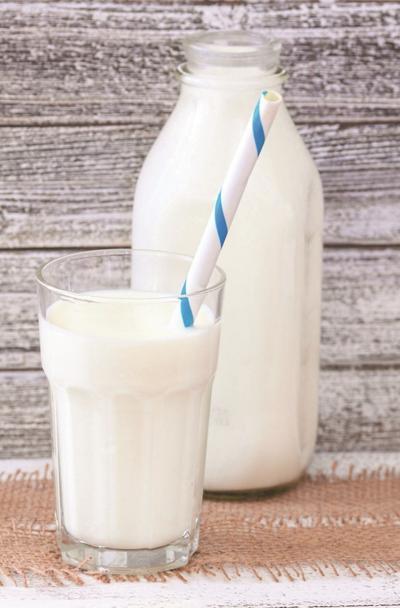 Free milk distribution in Phoenix