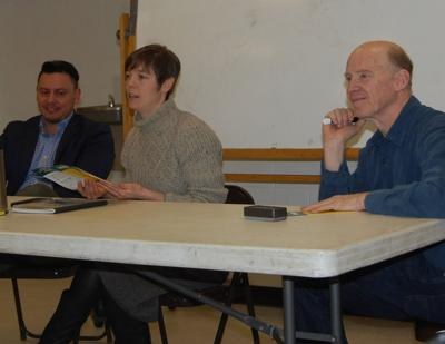 Municipal leaders learn about Community Choice Aggregation