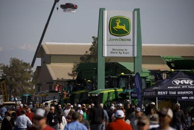 Deere tractor sales hold up in pandemic