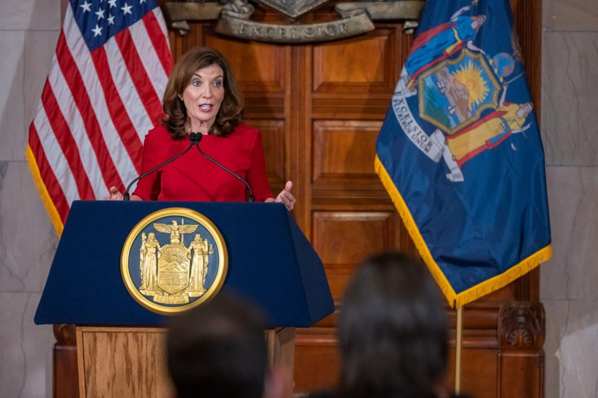 Hochul plans for vaccine mandate staff shortages