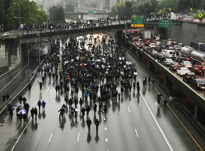 Federal judge blocks Seattle law banning crowd control weapons
