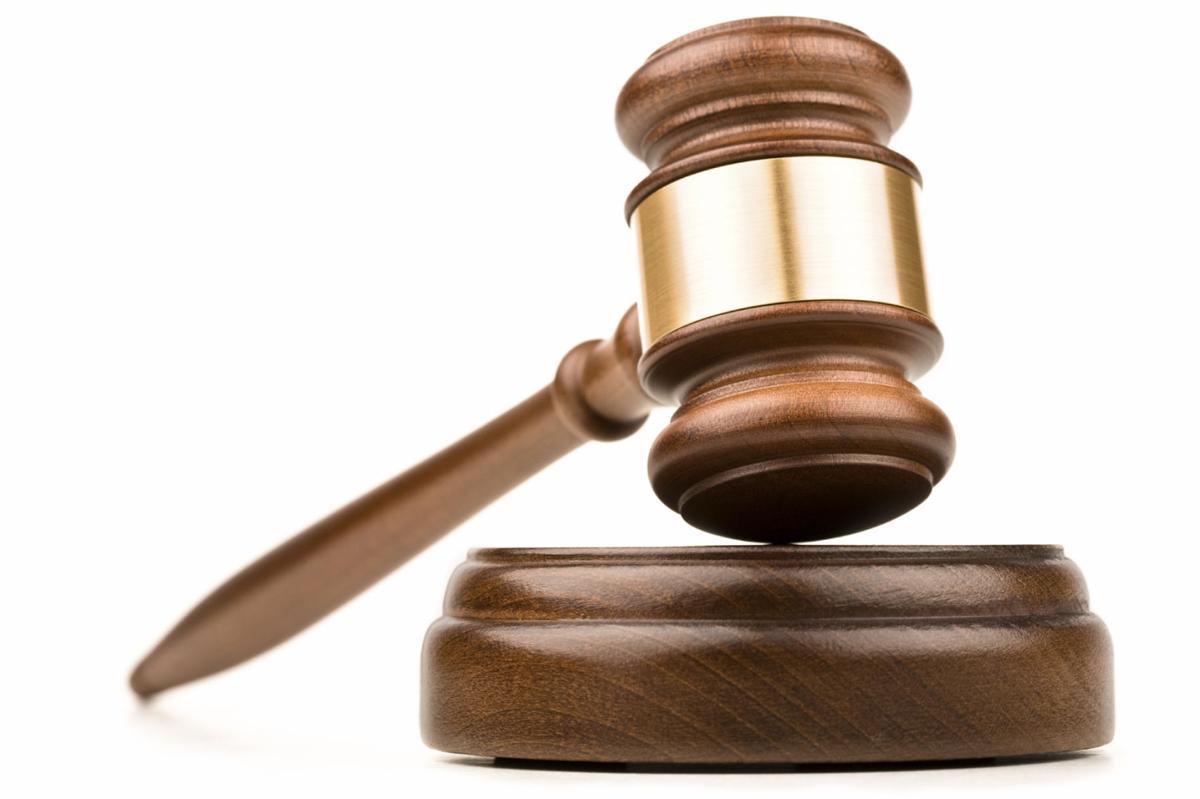 City man pleads guilty to criminal contempt
