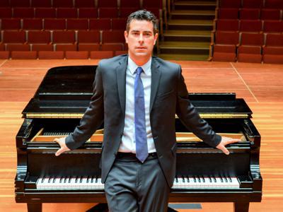 Pianist Robert Auler to perform classical concert Nov. 24