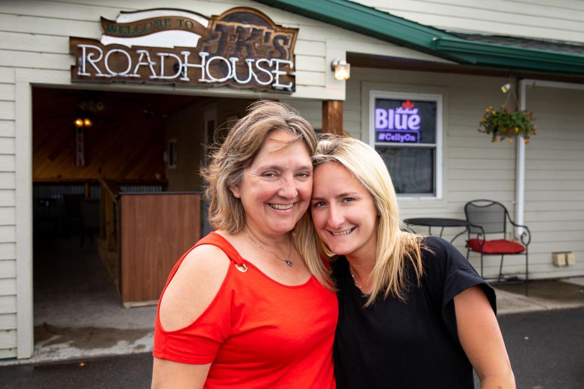 JK's Roadhouse celebrates business honor