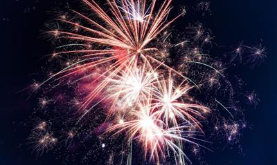 280 people a day land in ER for injuries from fireworks around July 4