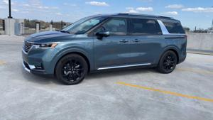 2022 Kia Carnival has loads of space, SUV looks — and one oddball feature.