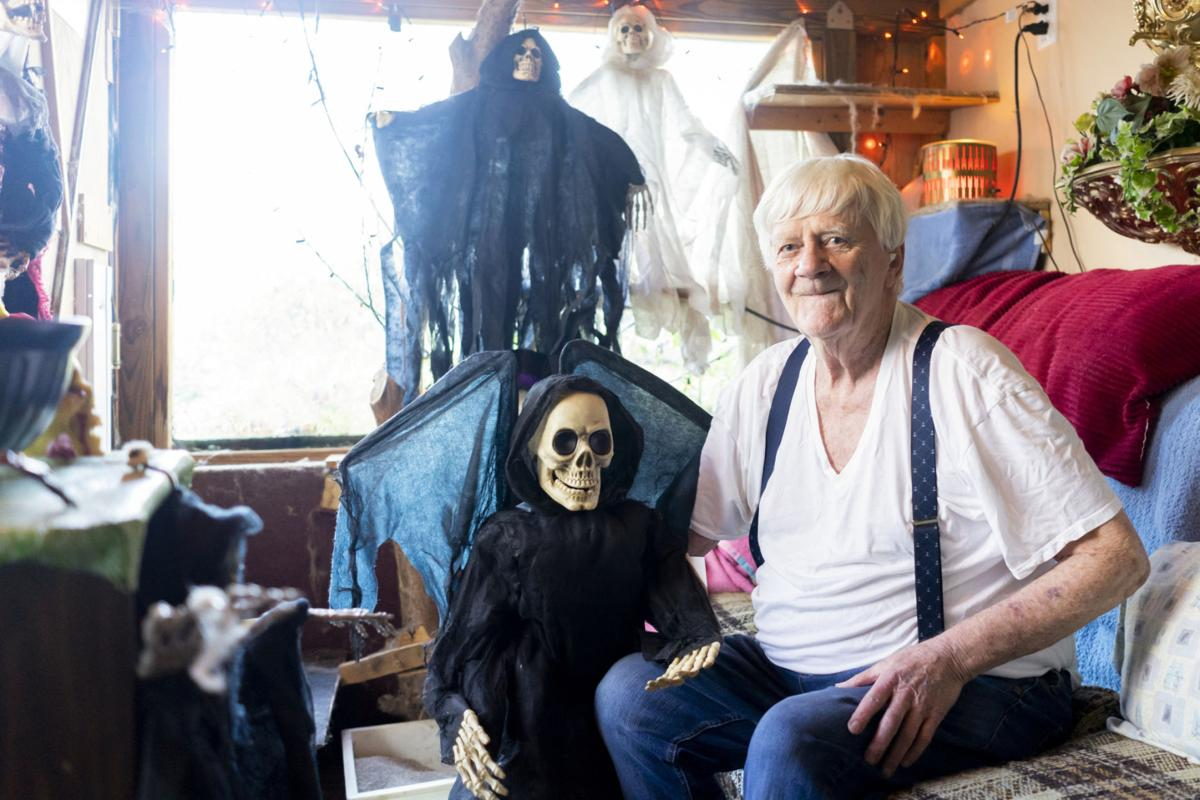 City man transforms home for one frightful night