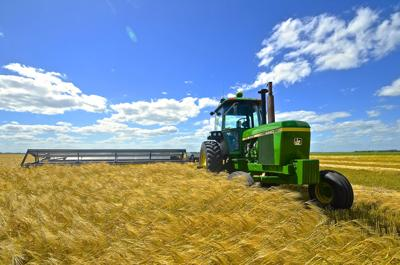 Cuomo seeks tax break for 4,000 state farmers
