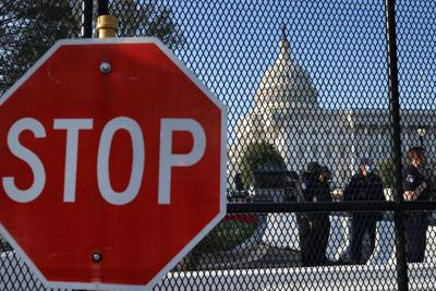 'Wrong message.' Blunt, others reassert opposition to Capitol fencing after deadly attack